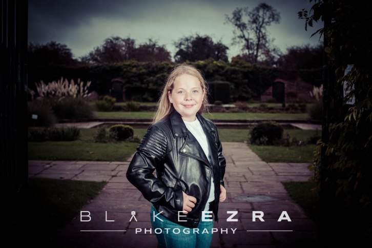 29.10.2015 Images from the pre Bat Mitzvah shoot with Ella Caro and her family in Canons Park, Edgware. (C) Blake Ezra Photography 2015. www.blakeezraphotography.com