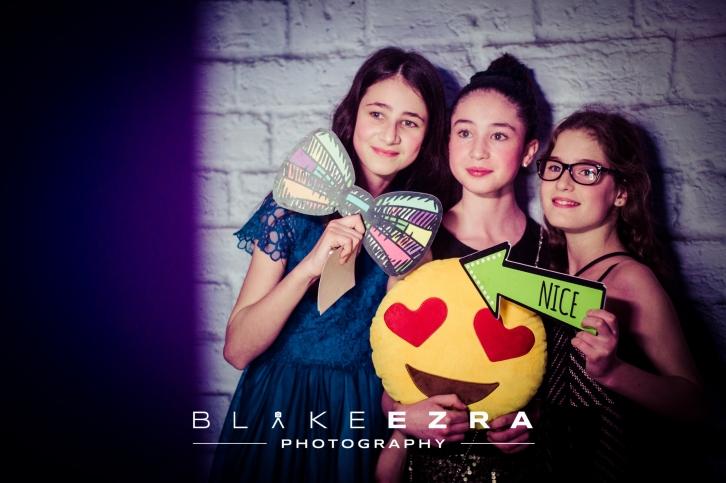 BLAKE_EZRA_AMY_PREVIEW_014
